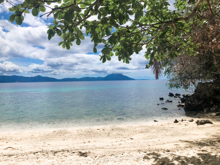 San Pedro Beach Resort, Romblon | themhayonnaise