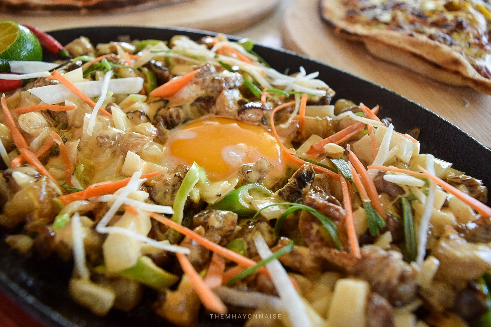 pork sisig | ciao pizzeria by the sea | sundowners bolinao | themhayonnaise